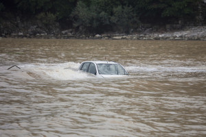 Are Flood Damaged Vehicles Repairable