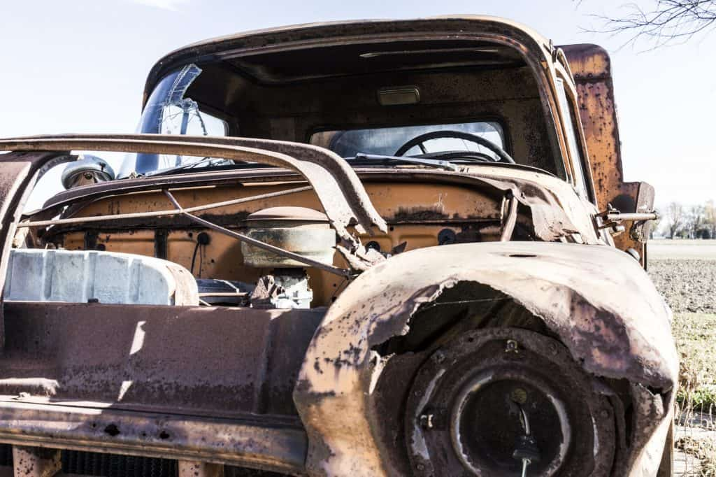Who Buys Junk Cars: How to Pick Car Salvage Services